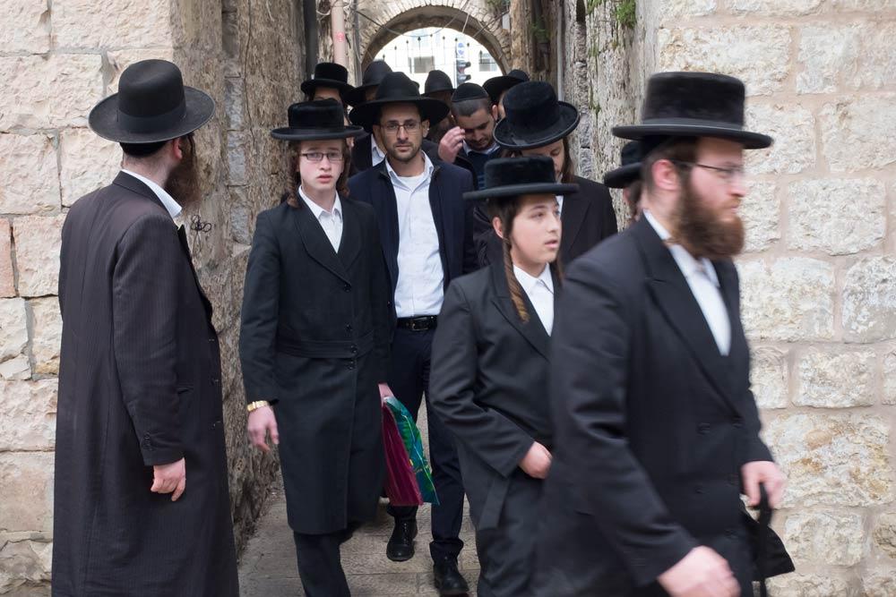 "Going to the funeral of Rabbi Shmuel Auerbach zts""l, head of the Jerusalem Litvish community"