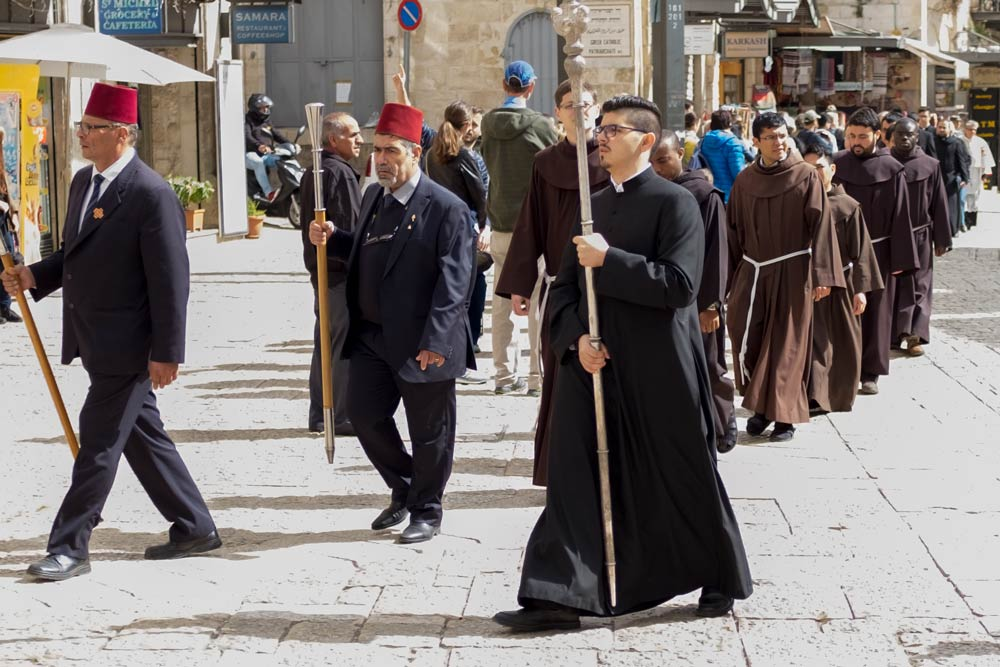Processon from the Church Of The Holy Sepulchre towards where?